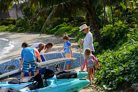 kids by fiji beach