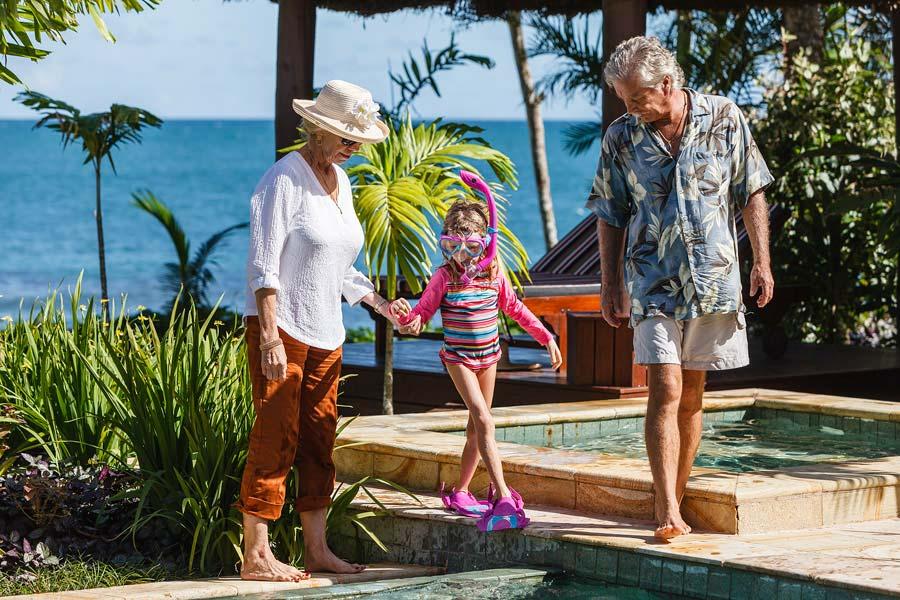 family snorkel nanuku fiji pool